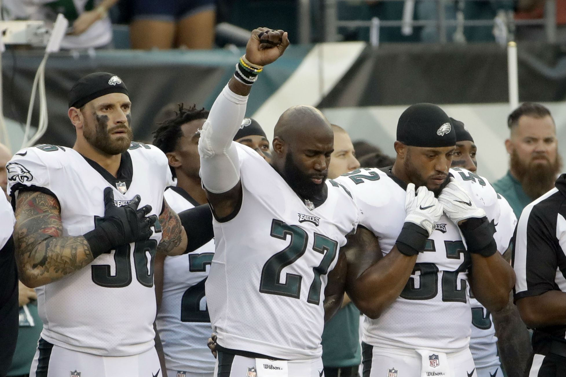 NFL Players Protesting